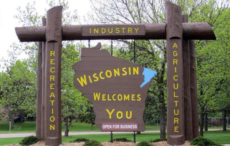 Wisconsin_Welcome_Signs