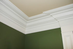 Crown-Moulding