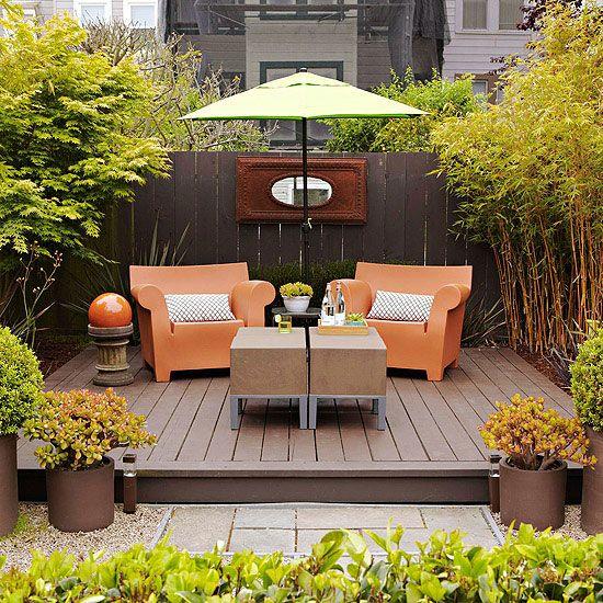 Outdoor Living Room Comfort